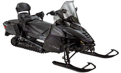 Double snowmobile: 3-cylinder 1049 cc Arctic Cat Pantera 7 000 LTD